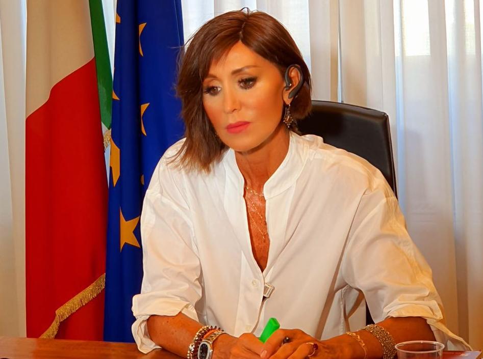 Bernini: Ora il governo tenta inutilmente uno scaricabarile sulla scuola