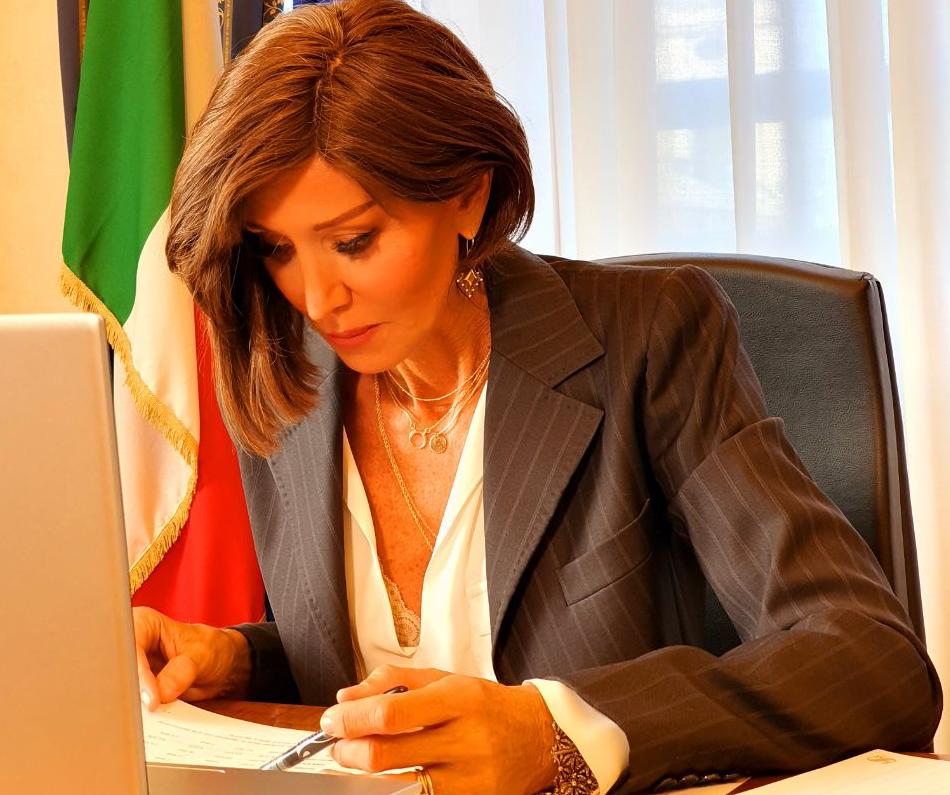 Bernini: chiusure e tasse, il rischio è una nuova strage di imprese