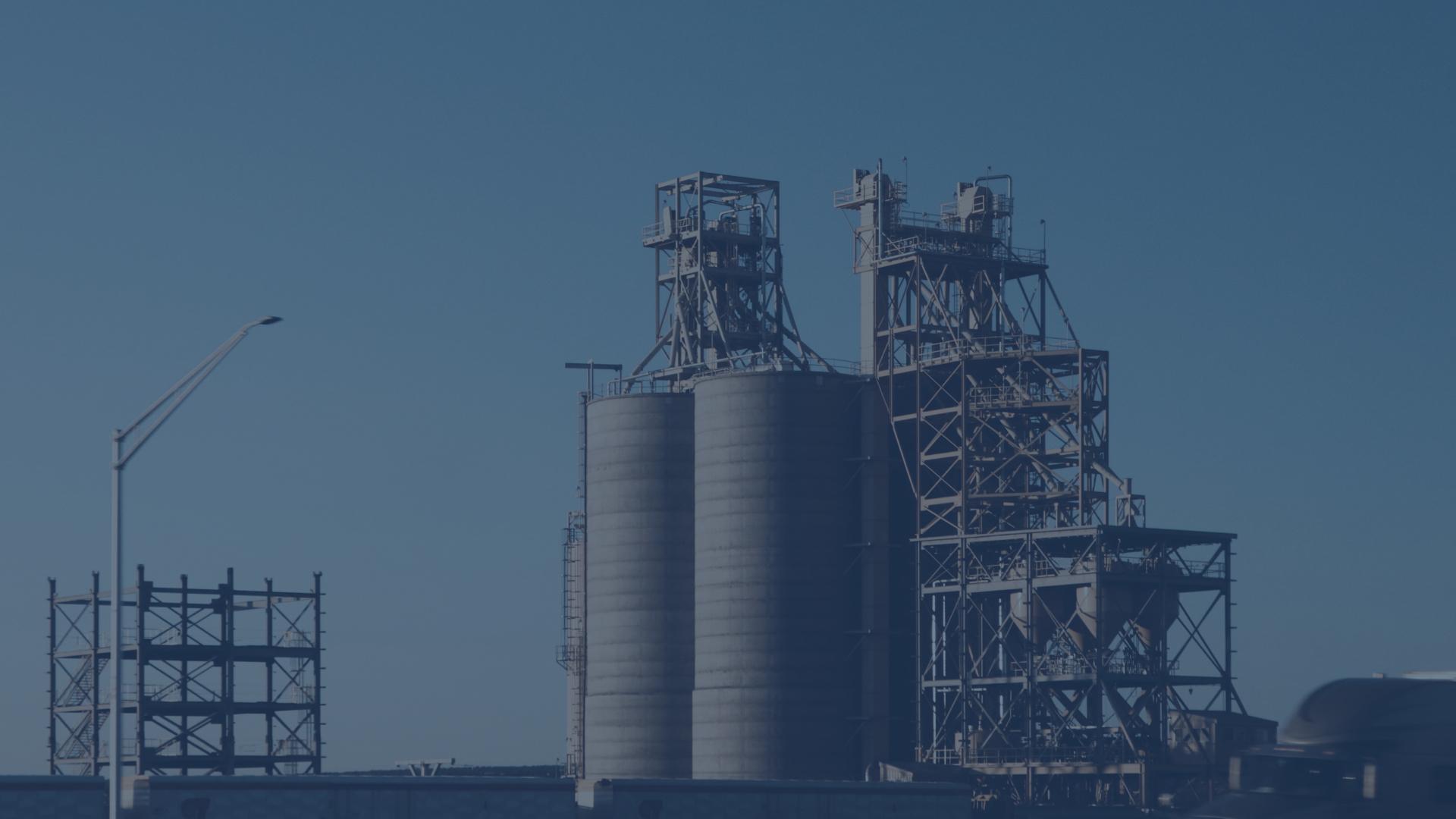 Serve una risposta eccezionale al crollo della produzione industriale