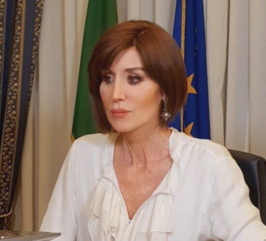 Bernini: Servono sostegni per le imprese inattive e aiuti alle famiglie